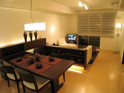 細長いリビングの家具配置について