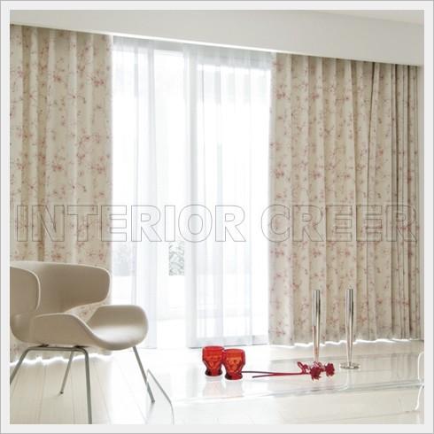 白いお部屋のカーテンカラー