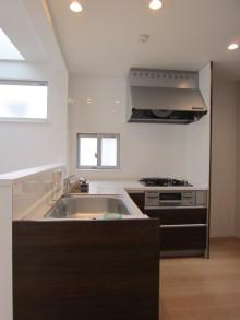 ハウスメーカーなどの注文住宅の間取り・価格をプロがチェックします!