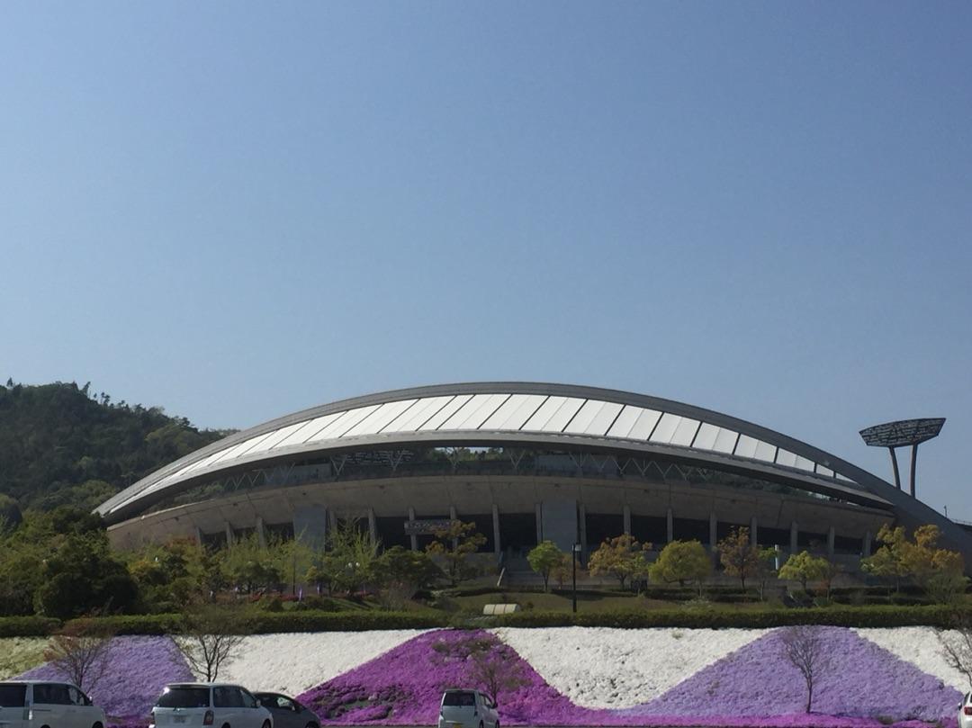 広島エディオンスタジアムへ