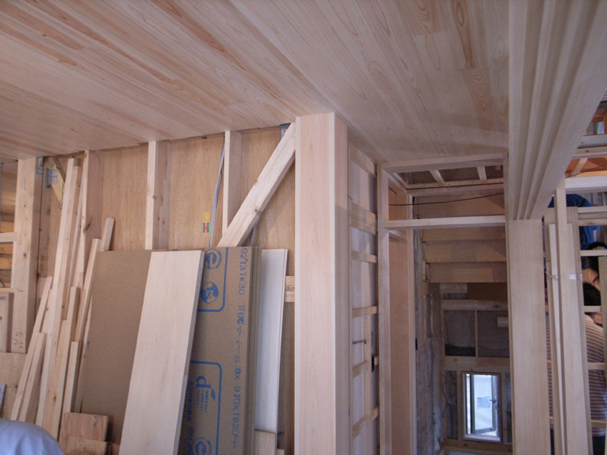 作り付けの家具や木製扉の打ち合わせ