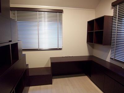 ロフトへつながる連続家具の書斎 #3
