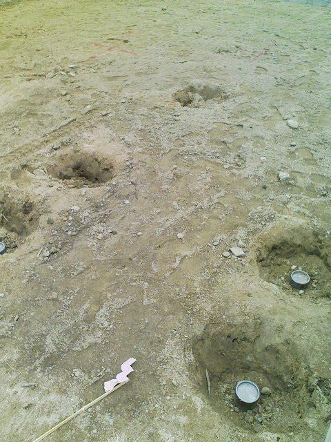 鋼管杭による地盤改良が終了
