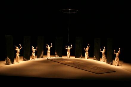 「山海塾」公演に見る舞踏の世界 #1