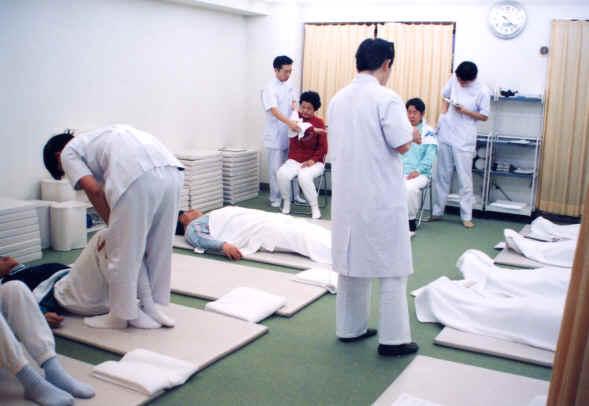 韓国の大学で川井筋系帯療法セミナー開催