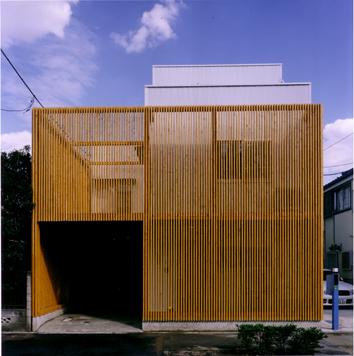 縦格子の家