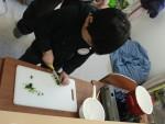 春の七草を集めて七草粥を作りました(1)