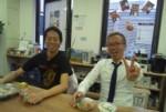 赤坂のチームフローで、今から昼食。だいじゅさんとTOM さん。