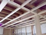 木造住宅のリフォーム [ 柱を取る]