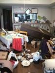 ★地震でも倒れない弊社の家具★
