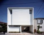 【高低差のある土地に建つスキップテラスの家】段差を生かした家づくり