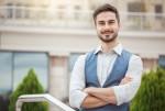 周囲をまとめることに向いている人の特徴・リーダーシップの重要性