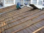 雨漏りする築40年過ぎのトタン屋根をとても耐久性のあるガルバリウム鋼板に葺き替え