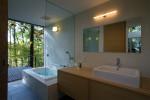 バスルームとつながる洗面