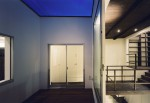 稲毛の家3(中庭と吹き抜け)