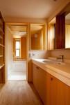 「成田東の家」洗面・浴室空間