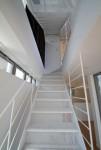 スケルトン階段の家