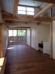 密集地の西向きの家:Ritoh(リト)-7:明るい2階リビング