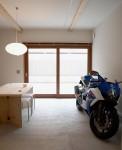 バイクガレージハウス 01