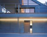 中野富士見町の家-11 玄関正面