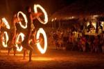 クック諸島のファイヤーダンス