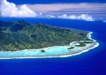 クック諸島上空からラロトンガ島