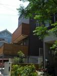自然素材に囲まれた家の外観は見てても気持ちが良いです!