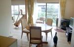 50代夫婦と3匹の猫の家