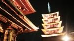 東京・浅草寺 「除夜の鐘」と「初詣」