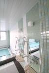 サービス付き高齢者向け住宅 浴室