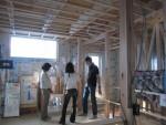 2階LDK・ビルトイン車庫付オール電化住宅の構造見学会