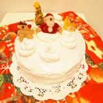 米粉のクリスマスケーキとオーナメント作り